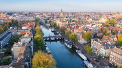 Η Ολλανδία αναμένεται να γίνει η ευρωπαϊκή χώρα με τον υψηλότερο τουριστικό