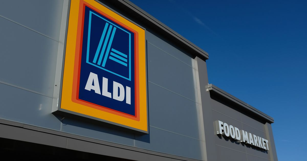 Confused By Aldi? Here's How To Navigate This Polarizing Grocery Store.