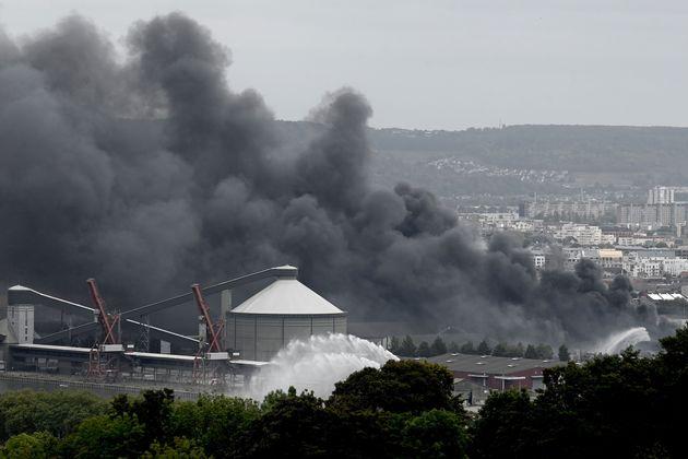 Après l'incendie qui a dévasté le site classé Seveso de l'usine Lubrizol...