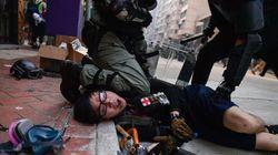 Un herido de bala en las protestas de Hong Kong en pleno 70ª aniversario de la China