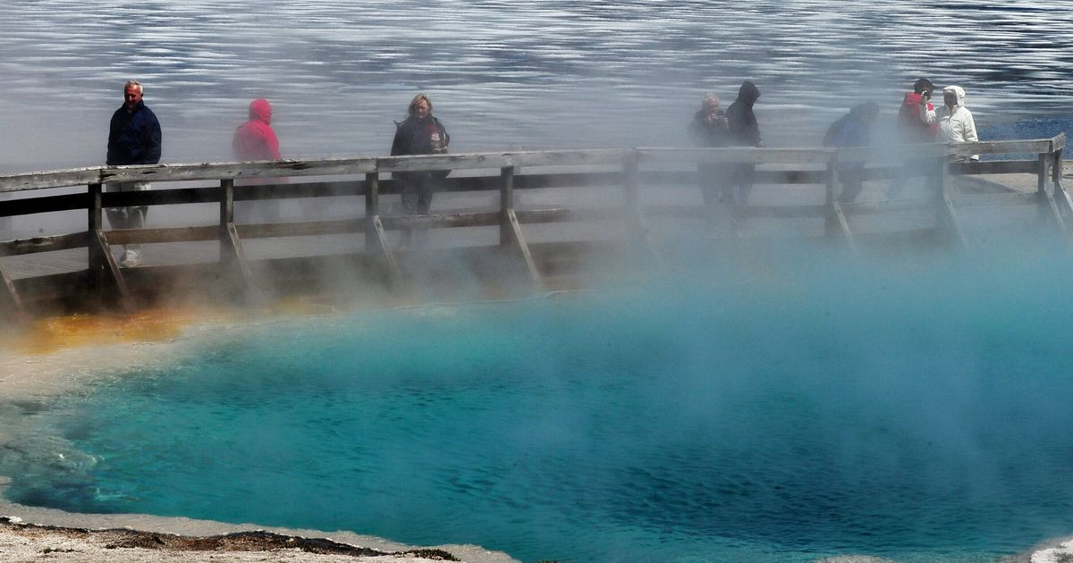 Man Critically Burned In Yellowstone Hot Spring Fall