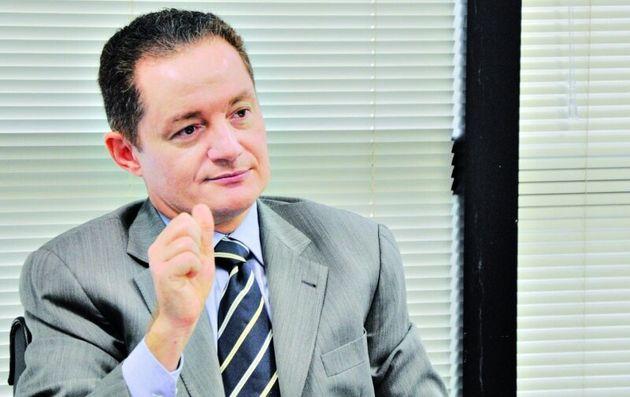 """Novo chefe da Secretaria de Direitos Humanos, o procurador Ailton Benedito iniciou investigação contra UFG por ausência de identificação nos banheiros masculino e feminino dos campi universitários, identificados apenas pelo uso """"social ou unissex""""."""