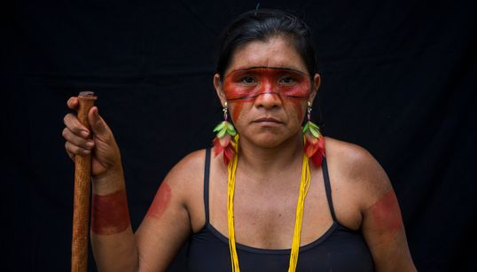 Τέμπε: Η φυλή του Αμαζονίου που ζωγραφίζει τα πρόσωπά της για έναν ξεχωριστό