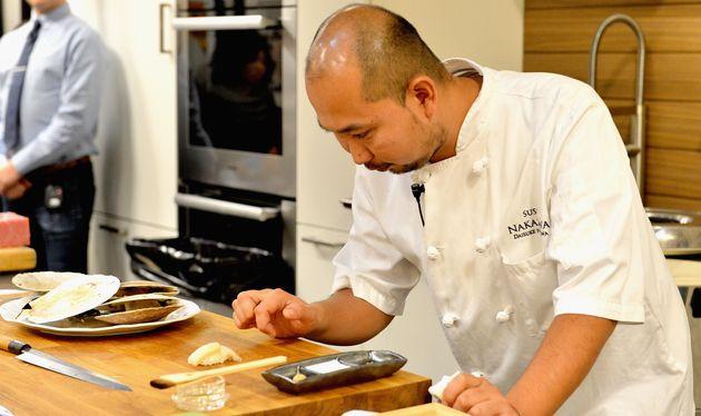 Le chef Daisuke Nakazawa, ici à New York en octobre 2015, a reçu une première étoile Michelin pour son...