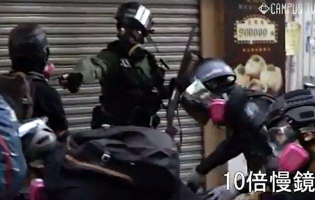 香港デモで実弾6発、撃たれた男子高校生は命に別状なし。警察は「合理的かつ合法的」