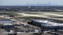 Βίντεο: Όχημα εκτός ελέγχου απείλησε αεροπλάνο σε