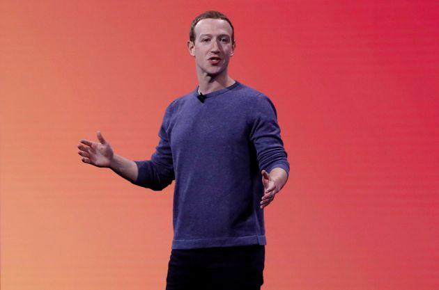 Mark Zuckerberg este martes dirigiéndose a los empleados de
