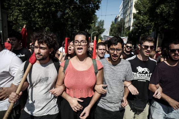 Φωτογραφίες: Η συγκέντρωση και πορεία ΕΚΑ και