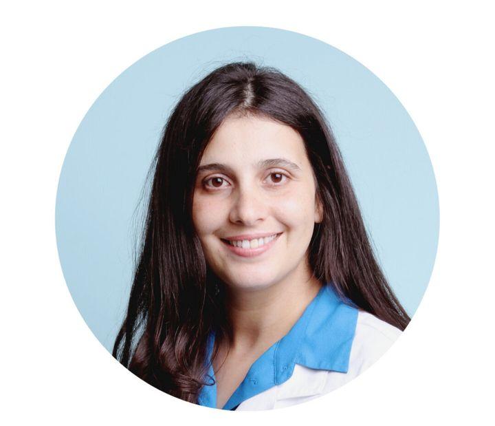Sarah Fizazi est propriétaire d'une pharmacie dans Rosemont–La-Petite-Patrie.