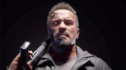 He's back! Schwarzenegger quebra tudo como o icônico T-800 no game 'Mortal Kombat