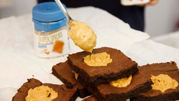 Εύκολα Brownies με φυστικοβούτυρο για το
