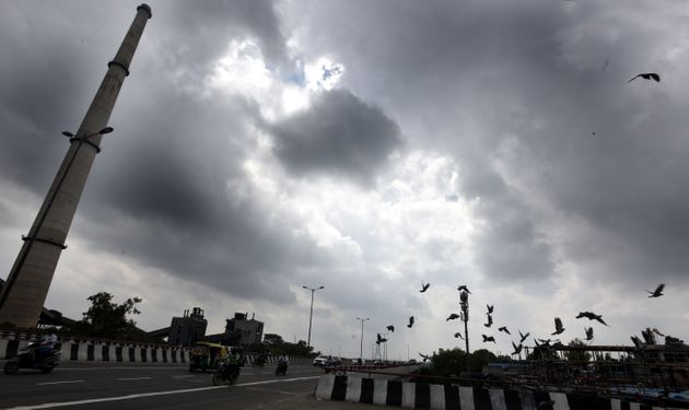 Cloudy weather at Ring road ITO in New Delhi on July 29,