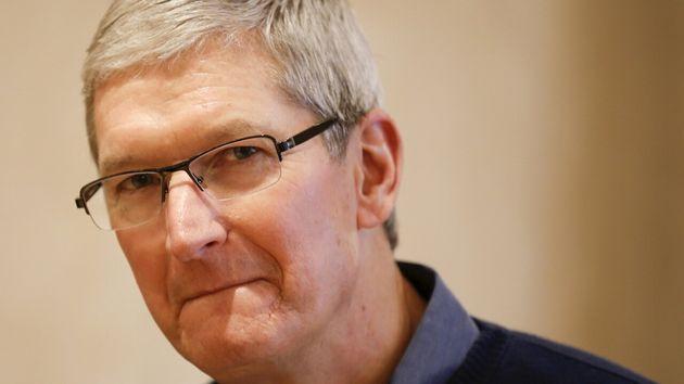 """Tim Cook: """"Apple ha impiegato 443 dreamer in 36 Stati. Non li abbiamo assunti per gentilezza o"""