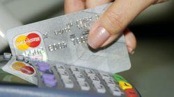 Lo haces muchas veces cuando pagas con tarjeta, pero la Guardia Civil subraya que es muy