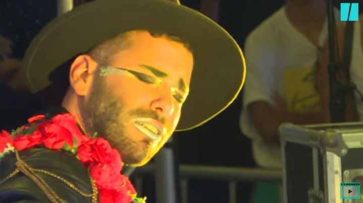 Joao Caçador joue de la guitare électrique, loin des standards du fado.
