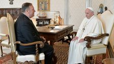 Mike Pompeo Συναντά Τον Πάπα Φραγκίσκο, Όπως Μιλάμε Για Την Παραπομπή Σας Ζεσταίνει