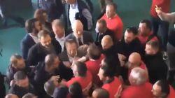 Des députés LREM pro-CETA virés manu militari d'un sommet sur l'élevage par la
