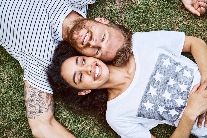 Look for these healthy habits in the early stages of a relationship.