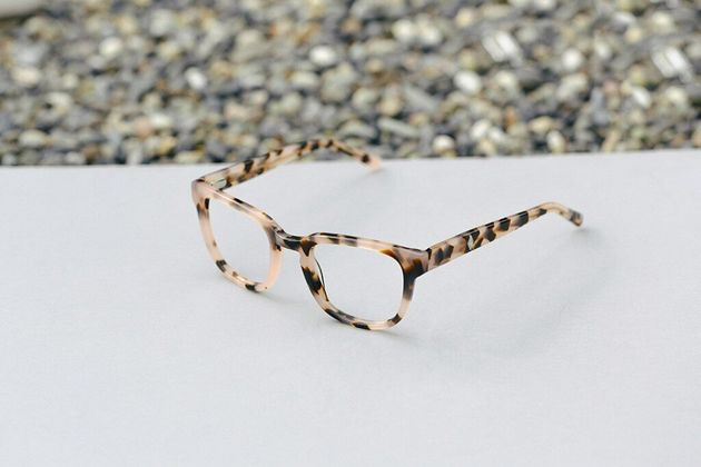 7 Places You Can Buy Glasses Online In