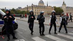 パリ警視庁内、男が刃物で襲撃し職員4人死亡 男も治安当局により殺害