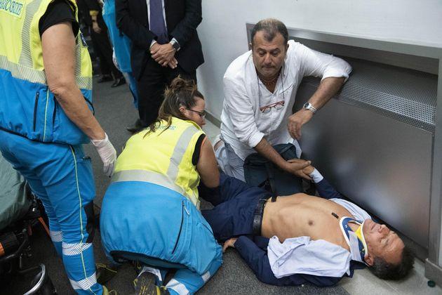 Stefano Fassina dopo il ferimento alla manifestazione di Roma