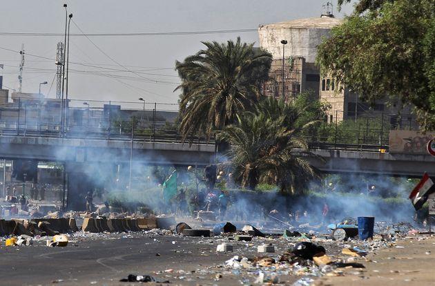 Δεκάδες νεκροί διαδηλωτές στο Ιράκ, καθώς μαίνονται οι