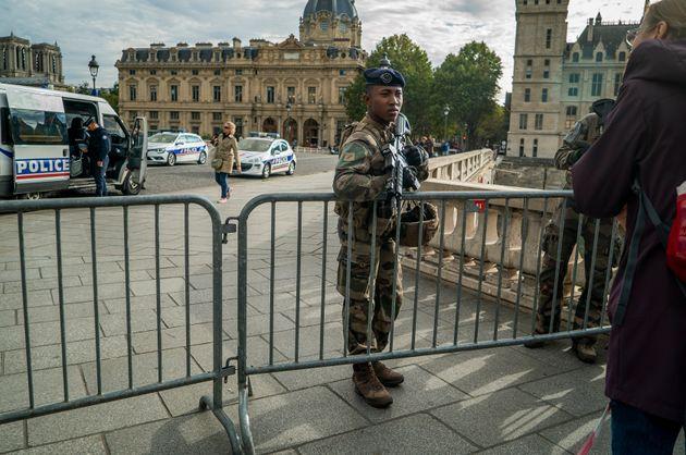 Attaque à la préfecture de police: le parquet antiterroriste se saisit de