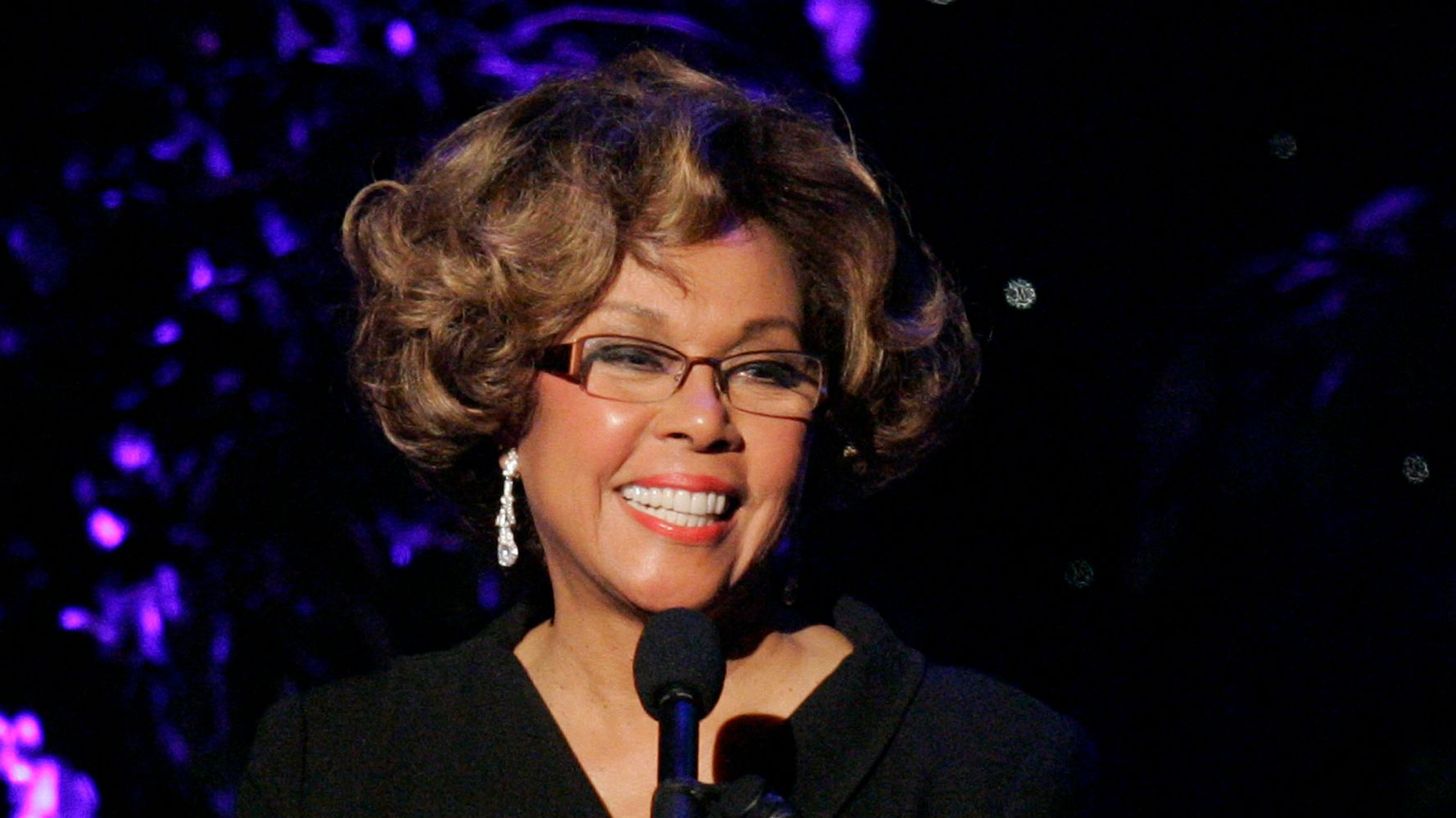 Diahann Carroll, Pioneering Actor And Singer Who Made History, Dead At 84