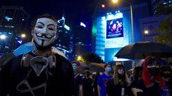 Miles de hongkoneses toman las calles para protestar contra ley
