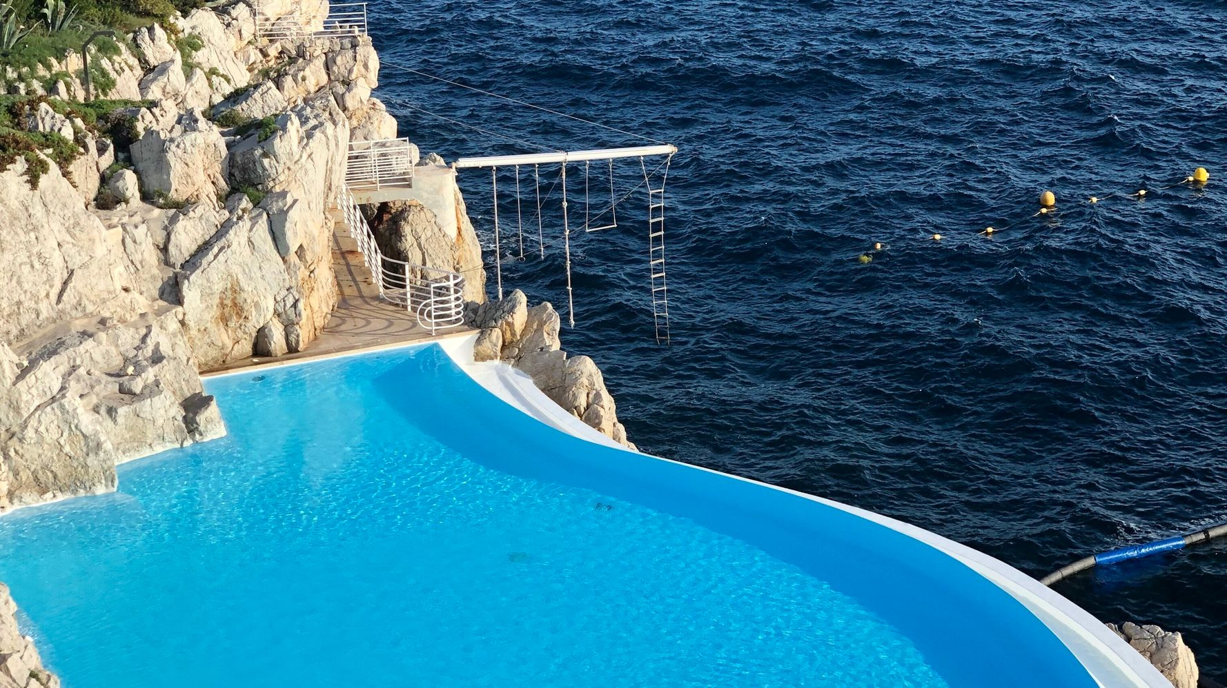 30 Spectacular Hotel Pools Around The World