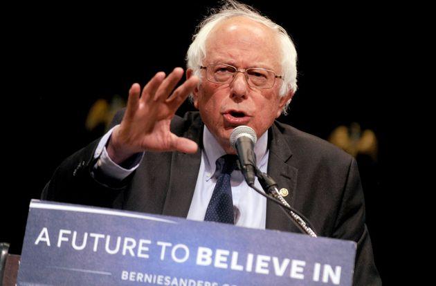 Bernie Sanders (photo