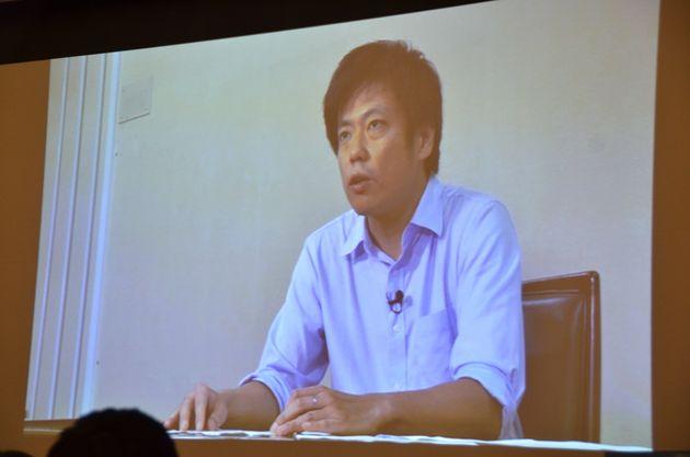 「表現の自由」の基本理念について解説した曽我部真裕氏。録画で登場した=10月5日、愛知県名古屋市