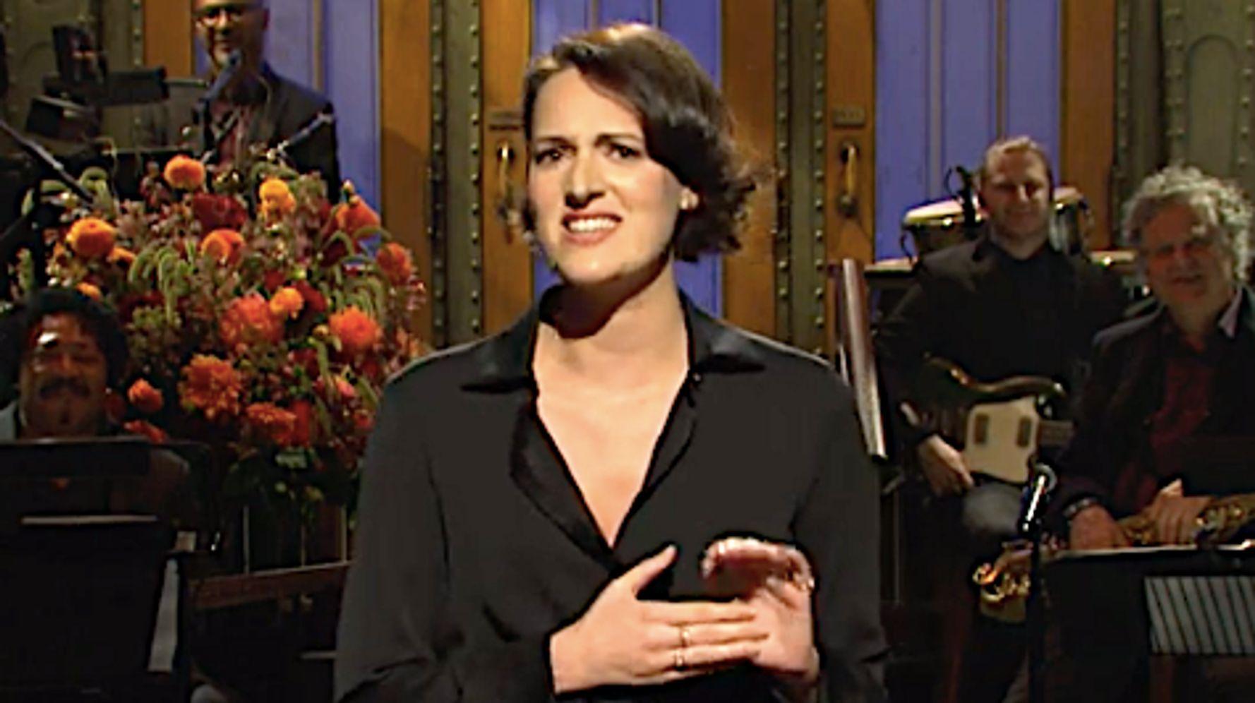 Westlake Legal Group 5d9992d0200000d3024da815 Phoebe Waller-Bridge Goes Full 'Fleabag' On 'Saturday Night Live'