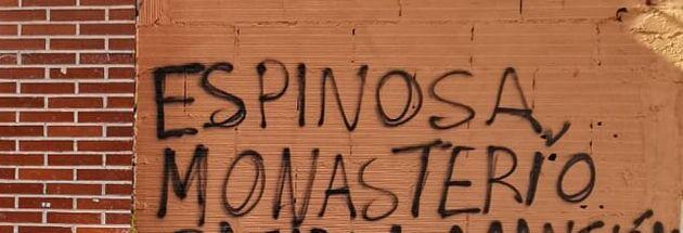 Pintada contra Monasterio y Espinosa de los