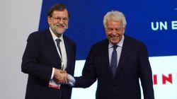 La grave insinuación de Abascal (Vox) sobre esta imagen de Rajoy y