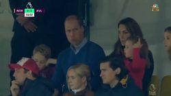 Esordio allo stadio per George e Charlotte: i principini tifano Aston