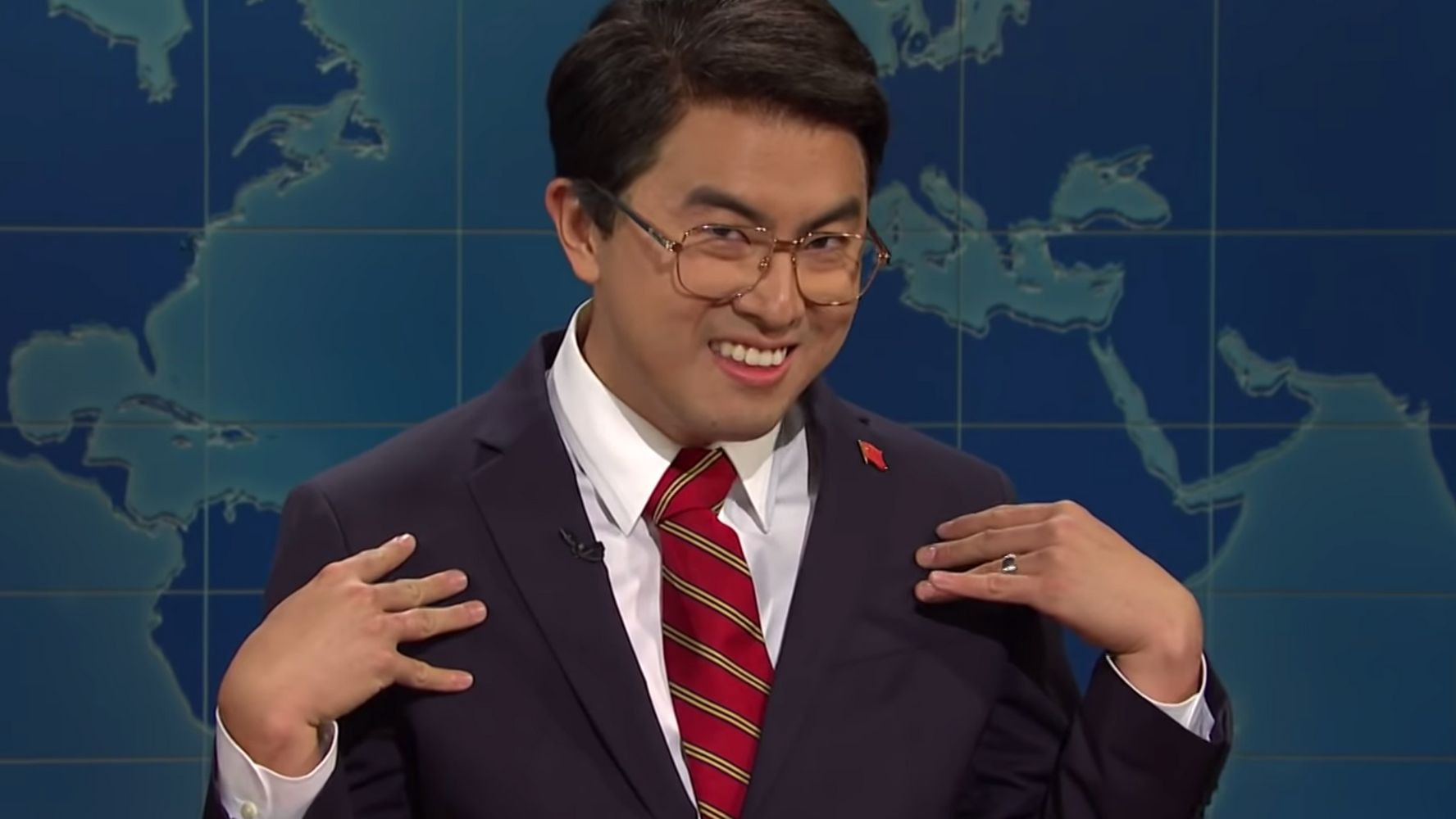 Westlake Legal Group 5d9a093e2100006601aaced4 Bowen Yang's Hilarious New 'SNL' Character Is 'Basically The Lizzo Of China'