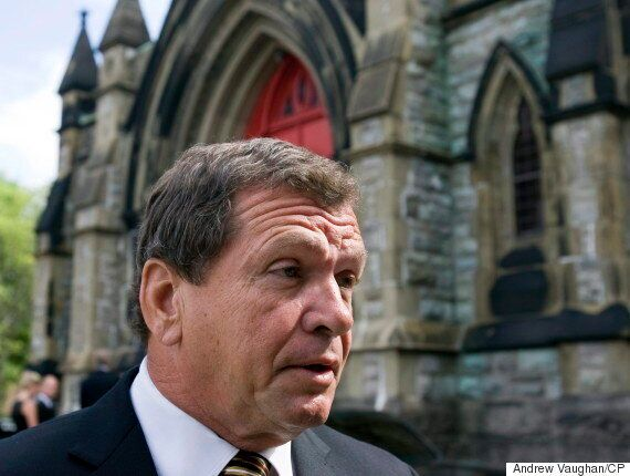Frank McKenna: Feds Should Require Immigrants To Live In Atlantic