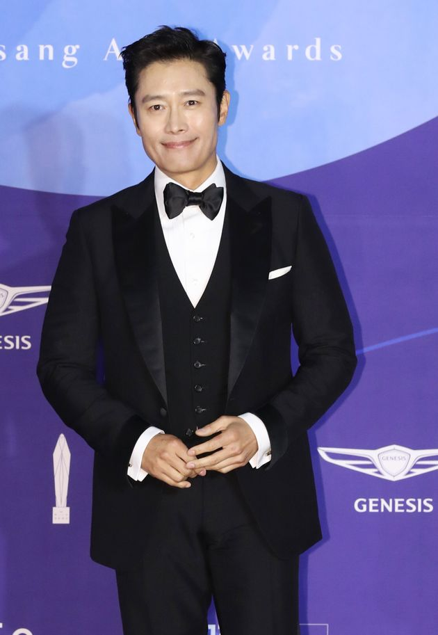 SEOUL, SOUTH KOREA - MAY 01 : Actor Lee Byung Hun attends the red carpet event of the 55th Baeksang Arts...