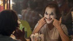 Joaquin Phoenix non interpreta Joker, è Joker. È talmente immenso che non lo contiene lo