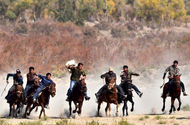 Οι Ουιγούροι ζουν...