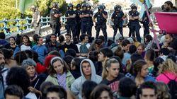 Tres detenidos y 30 identificados en la acampada por el clima en