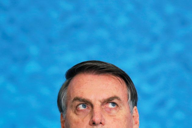 Bolsonaro volta a negar ligação com candidaturas-laranjas e critica