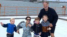 Alec Baldwin Dan Keluarga Hampir Mengelabui Ke Patung Liberty Tour Runaround