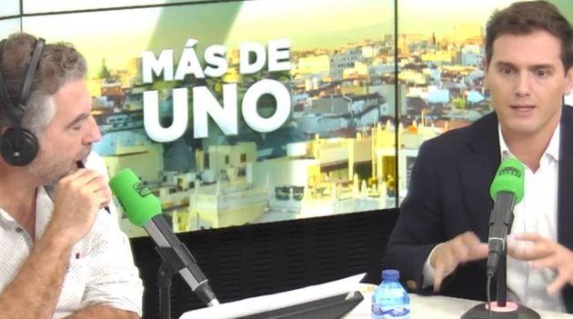 El periodista Carlos Alsina junto al líder de Ciudadanos, Albert