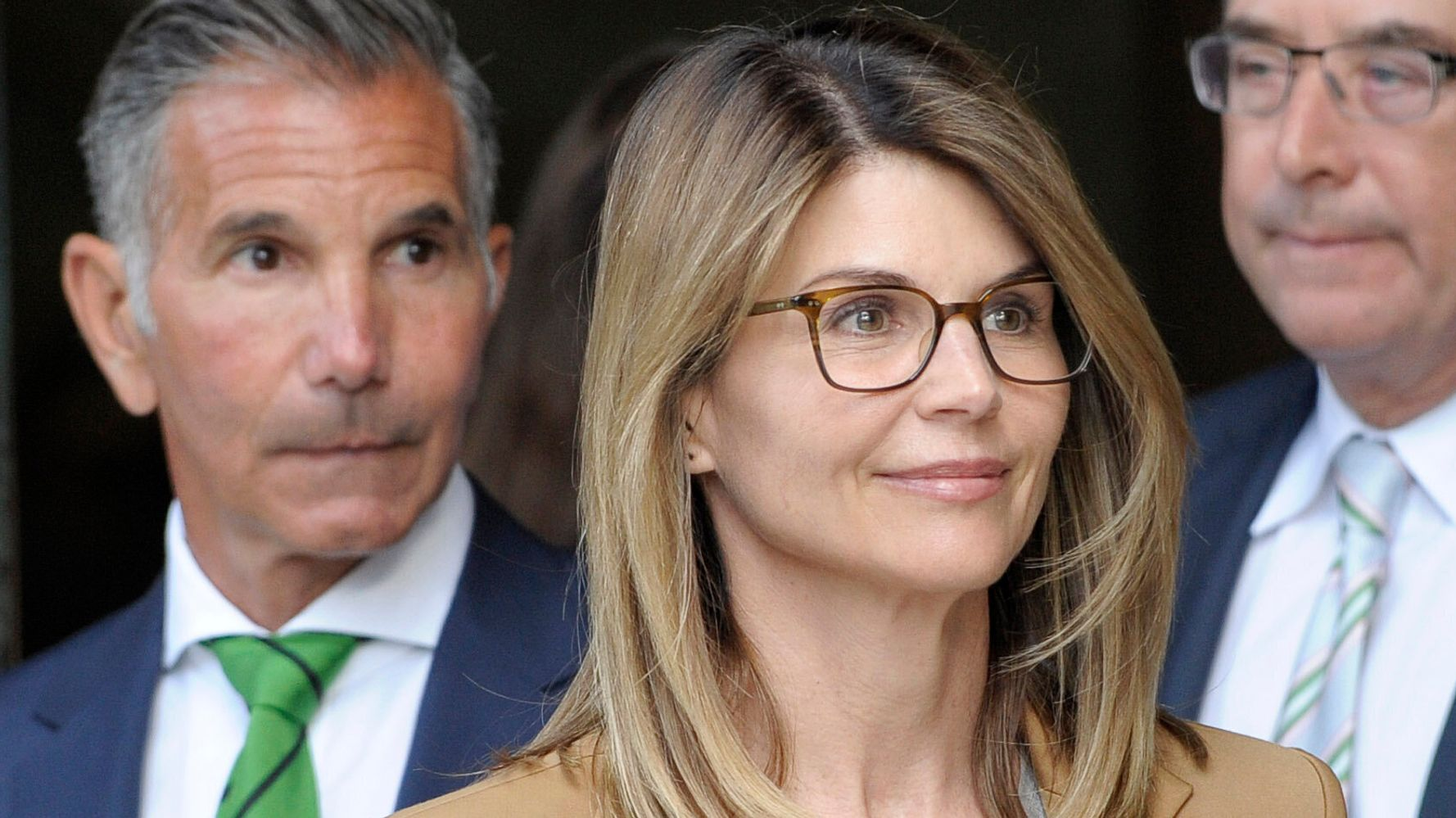 Westlake Legal Group 5d9c4ace200000d0024f33d0 U.S. Attorney Has An Ominous Warning For Lori Loughlin About Prison Time