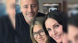 Rachel, Monica e Joey ancora insieme. La mini-reunion di Friends fa sognare i