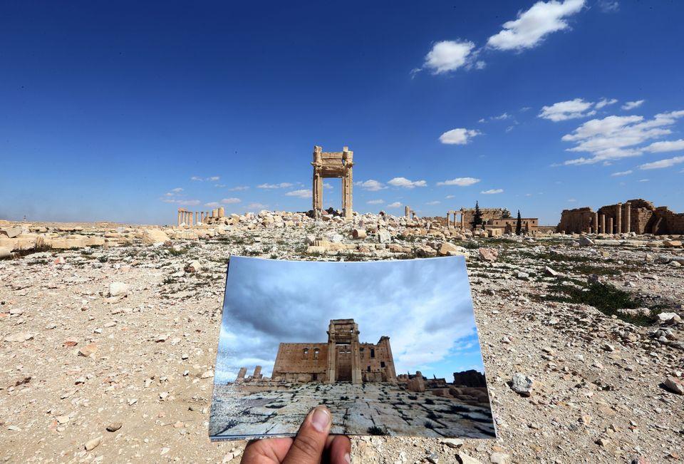 Ο φωτογράφος του AFP Joseph...