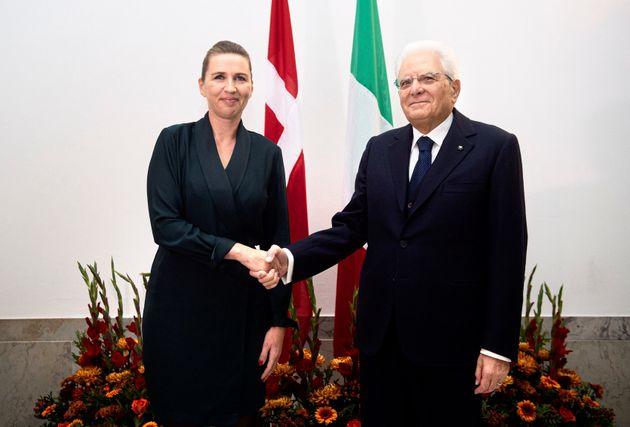 Il presidente della Repubblica, Sergio Mattarella, e la premier danese, Mette