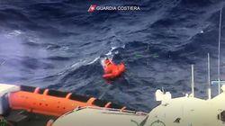 L'infinita conta dei morti a Lampedusa.